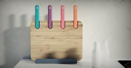 Snijplank met 4 keukenmessen en smartphonehouder